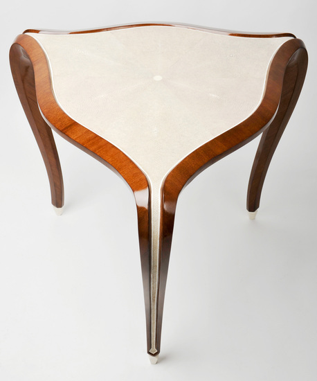 A4-01_three_legged_side_table_in_shagreen_and_walnut_1_main