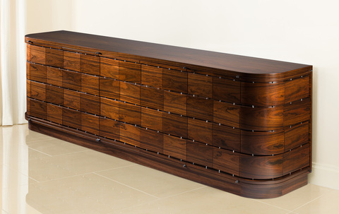 Curved_briques_sideboard_in_situ_2_main