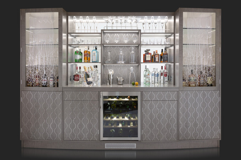 Four_seasons_cocktail_cabinet_front_filled_main